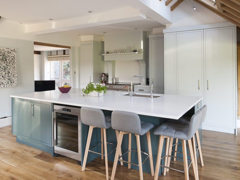 modern country kitchen with island and breakfast bar